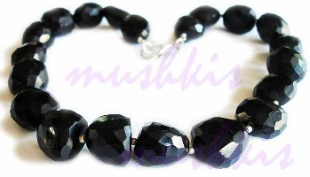 Single Row Black Onyx  Gem Stone Necklace - click here for large view